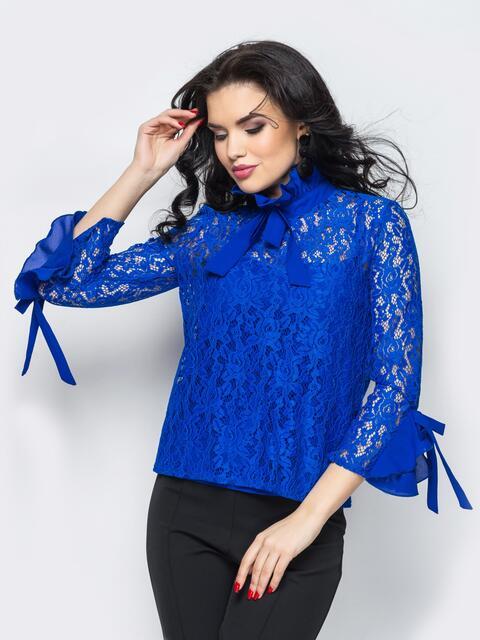 Синяя гипюровая блузка с оборками на рукавах и лентами-завязками - 12188, фото 1 – интернет-магазин Dressa