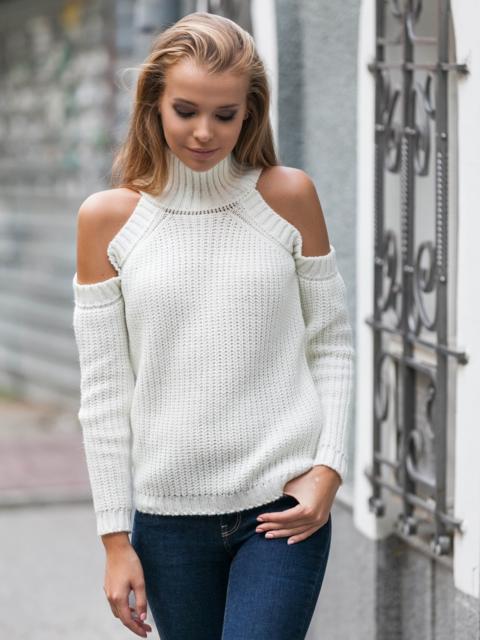 Свитер белого цвета с воротником и открытыми плечами - 16110, фото 1 – интернет-магазин Dressa