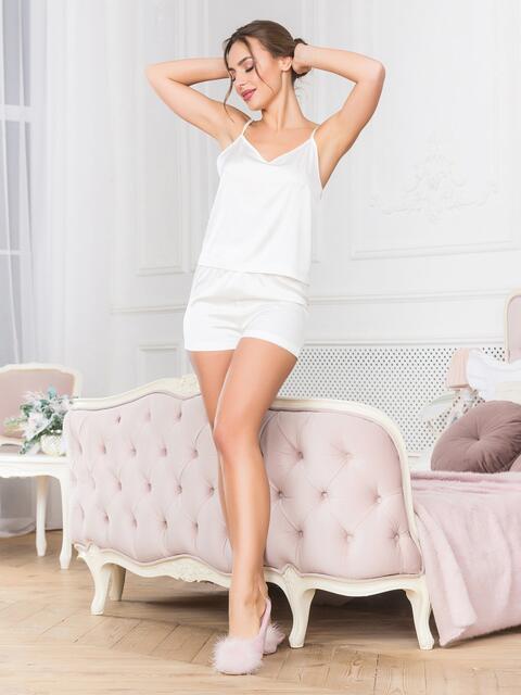 Белая пижама пижама с топом и шортами - 18914, фото 1 – интернет-магазин Dressa