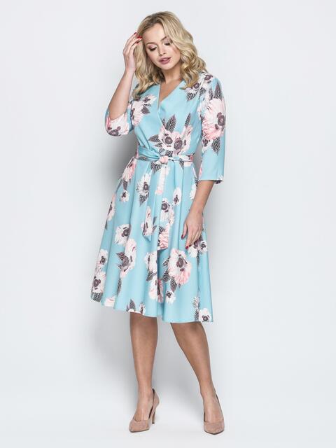 Принтованное платье с V-вырезом и юбкой-солнце голубое - 19951, фото 1 – интернет-магазин Dressa