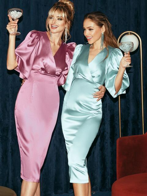 Розовое платье-футляр из атласа с расклешенными рукавами 51699, фото 1