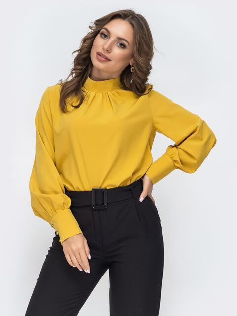 Горчичная блузка с воротником-стойкой 45039, фото 1