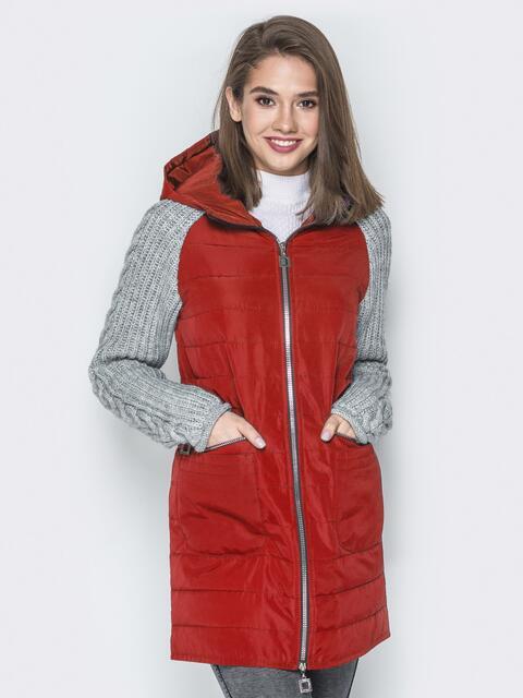 Красная куртка с вязаными рукавами и вшитым капюшоном - 20714, фото 1 – интернет-магазин Dressa
