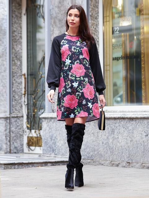 Платье с флористичным принтом и однотонными рукавами реглан - 17598, фото 1 – интернет-магазин Dressa