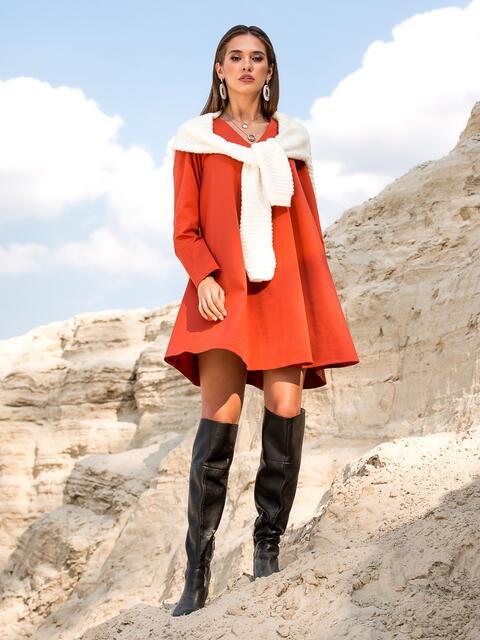 Трикотажное платье-трапеция с V-вырезом оранжевое - 41589, фото 1 – интернет-магазин Dressa