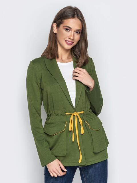 Жакет с объёмными карманами и кулиской по талии хаки - 20835, фото 1 – интернет-магазин Dressa