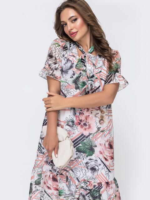 Платье-трапеция с принтом и воланом по низу белое 48080, фото 1