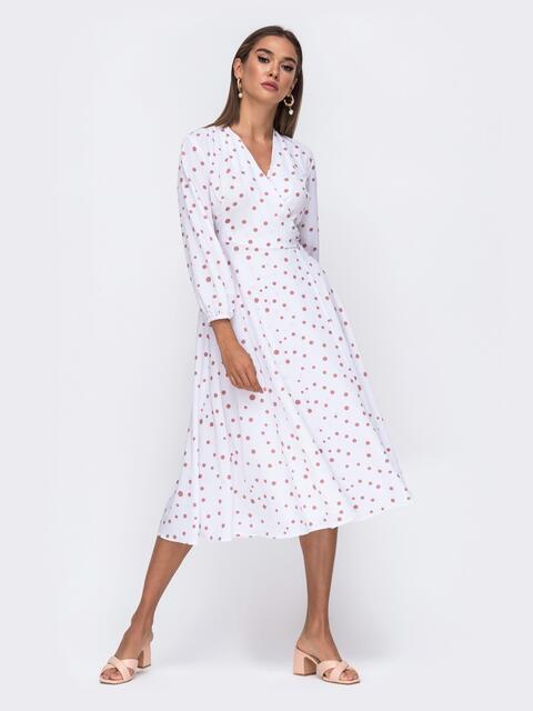 Белое платье-миди на запах в горох цвета пудры  - 50101, фото 1 – интернет-магазин Dressa