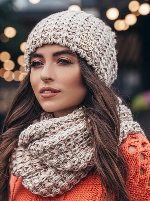 Комплект из шапки и снуда с контрастной нитью персиковый - 15538, фото 2 – интернет-магазин Dressa