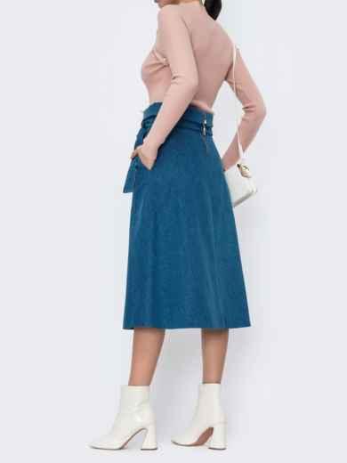 Джинсовая юбка с карманами по бокам голубая 44855, фото 3