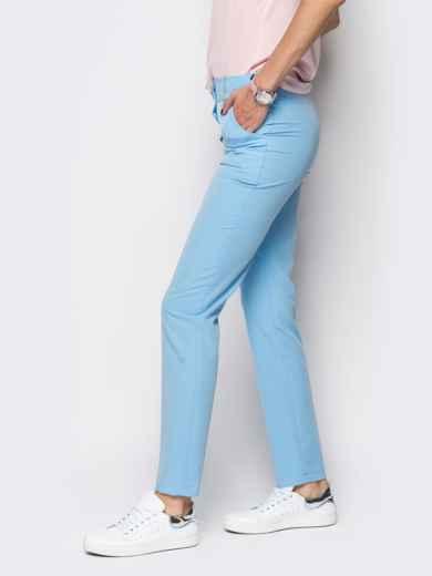 Голубые брюки из костюмной ткани с карманами на полочке - 12778, фото 3 – интернет-магазин Dressa