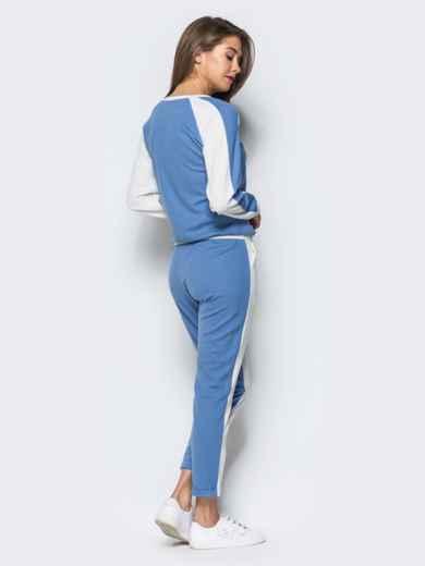 Белый комплект с голубой полочкой на кофте - 16902, фото 3 – интернет-магазин Dressa