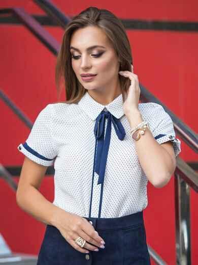 Блузка белая в горох со съемной завязкой на горловине - 14081, фото 1 – интернет-магазин Dressa