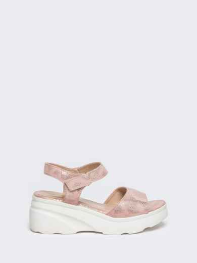Розовые босоножки с питоновой фактурой на массивной подошве - 49801, фото 3 – интернет-магазин Dressa