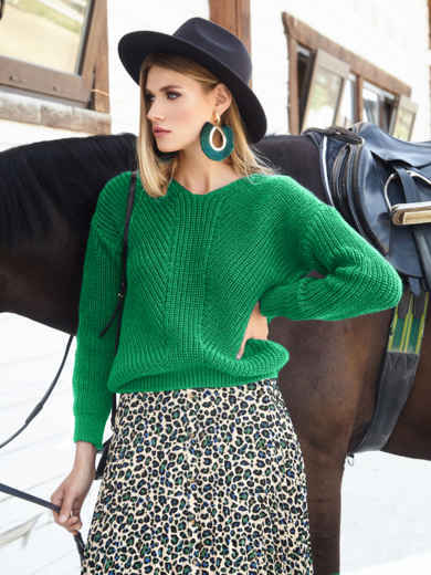 Зеленый свитер крупной вязки с мысом на полочке 54965, фото 1