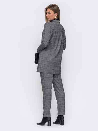 Серый костюм-двойка с брюками и пиджаком в клетку 50845, фото 2