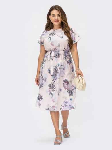 Пудровое платье батал с цветочным принтом и резинкой в поясе 54460, фото 1