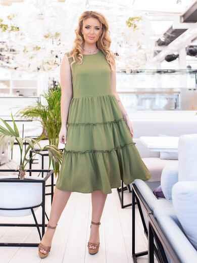 Приталенное платье батал с многоярусной юбкой хаки 47785, фото 1