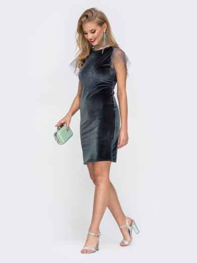 Приталенное платье с V-вырезом по спинке серое - 42627, фото 2 – интернет-магазин Dressa