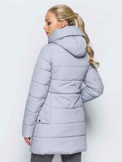 49b33ac15bed Зимняя куртка с капюшоном и декоративными кнопками сзади серая - 16971,  фото 3 – интернет