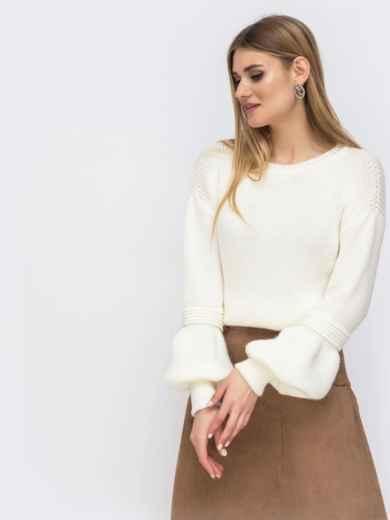 Молочный свитер со спущенной линией плеч - 43130, фото 3 – интернет-магазин Dressa