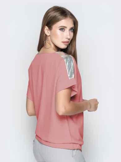 Пудровая блузка с кулиской по низу и контрастными вставками 48751, фото 2