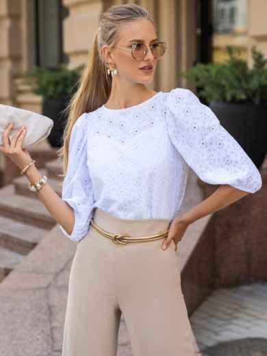 Прямая блузка из прошвы с объемными рукавами белая 49656, фото 1