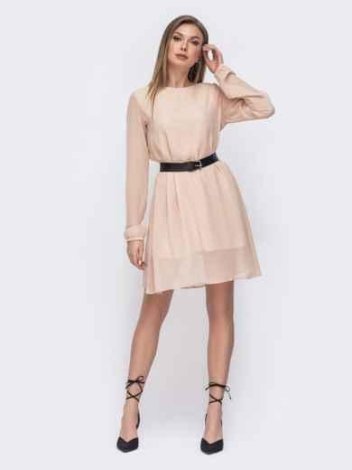 Свободное платье из шифона с контрастным поясом бежевое 45687, фото 1
