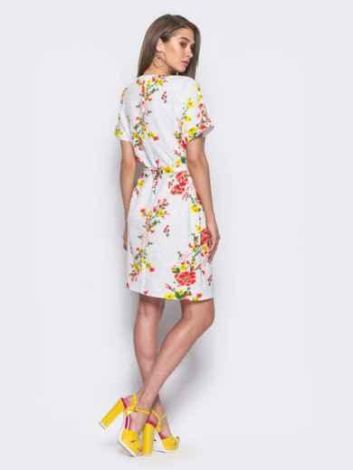 Белое платье в цветочный принт с брошкой на горловине - 11401, фото 2 – интернет-магазин Dressa