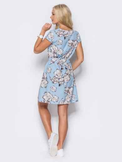 Голубое платье с коротким рукавом в цветочный принт - 11418, фото 3 – интернет-магазин Dressa