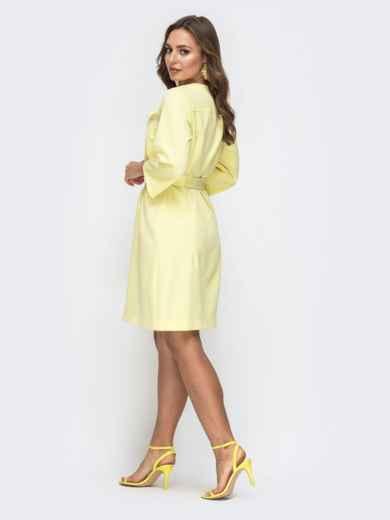 Платье прямого кроя с разрезом спереди желтое 45546, фото 3