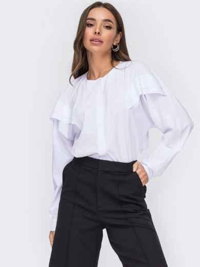 Свободная блузка белого цвета со вставками на плечах 52864, фото 1