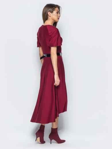 Платье бордового цвета с удлиненной спинкой и лаковым поясом в комплекте - 17835, фото 2 – интернет-магазин Dressa