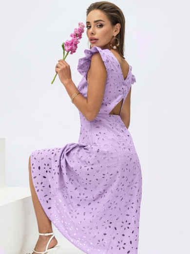 Расклешенное платье из прошвы с открытой спиной сиреневое 54373, фото 1