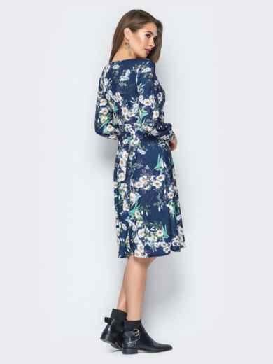 Принтованное платье с V-вырезом и юбкой-клёш синее - 20017, фото 4 – интернет-магазин Dressa