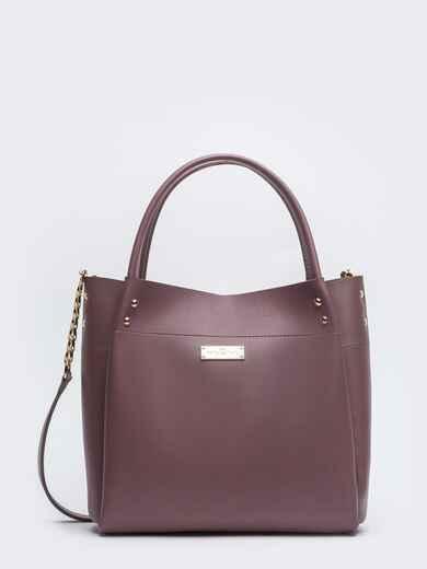 Глянцевая сумка-тоут с цепочкой на ремешке лиловая - 20551, фото 1 – интернет-магазин Dressa
