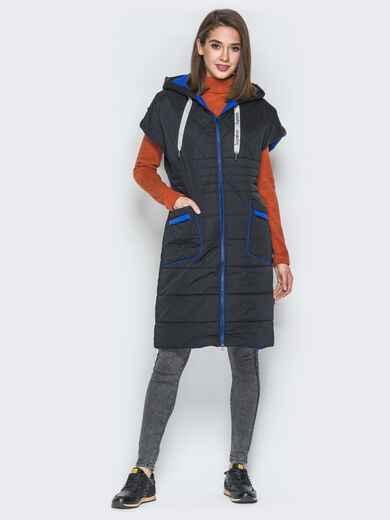 Удлиненный жилет с контрастной окантовкой и капюшоном чёрный - 20251, фото 1 – интернет-магазин Dressa