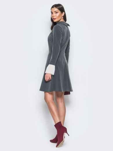 Платье серого цвета с воланами из шифона на рукавах - 17668, фото 6 – интернет-магазин Dressa