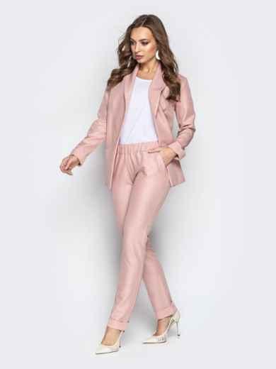 Розовый комплект-тройка с жакетом без застёжки и брюками - 21179, фото 2 – интернет-магазин Dressa