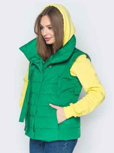 Зелёный жилет с объёмным воротником и карманами - 20056, фото 3 – интернет-магазин Dressa