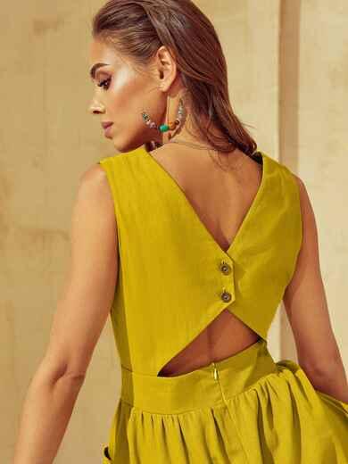 Расклешенное желтое платье с оригинальным вырезом по спинке 53916, фото 1