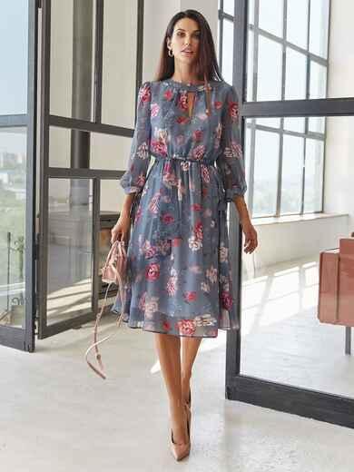 Шифоновое платье-миди в цветочный принт с вырезом синее 55041, фото 1