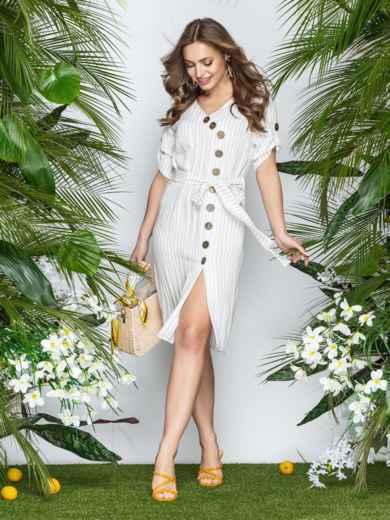 Приталенное платье-миди в узкую полоску с разрезом белое - 22006, фото 2 – интернет-магазин Dressa