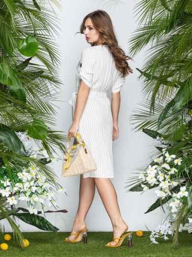 Приталенное платье-миди в узкую полоску с разрезом белое - 22006, фото 3 – интернет-магазин Dressa