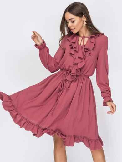 Розовое платье с юбкой-клеш и воланом по вырезу 53638, фото 1