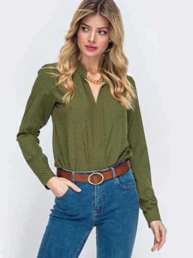 Блузка цвета хаки в горох с V-вырезом 55322, фото 1
