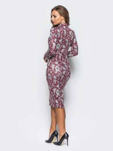 Облегающее платье из софта с цветочным принтом бордовое - 16401, фото 3 – интернет-магазин Dressa