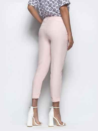 Пудровые укороченные брюки с поясом - 21863, фото 3 – интернет-магазин Dressa