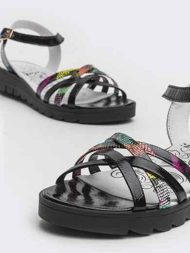 Чёрные босоножки на плетеных ремешках из кожи - 39672, фото 1 – интернет-магазин Dressa