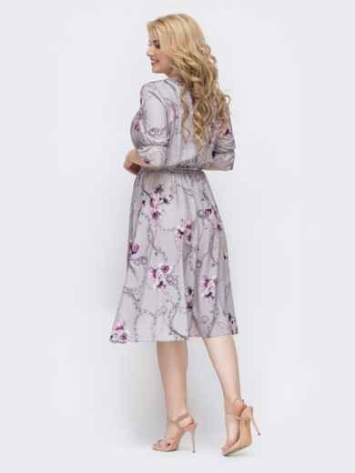 Серое платье батал с принтом и расклешенной юбкой 46374, фото 2